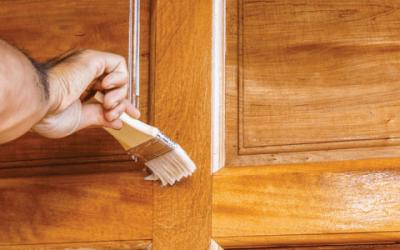 Cum sa ai grija de usile de lemn